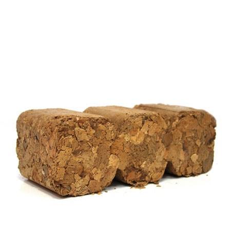 Briquetas de cáscara de almendra